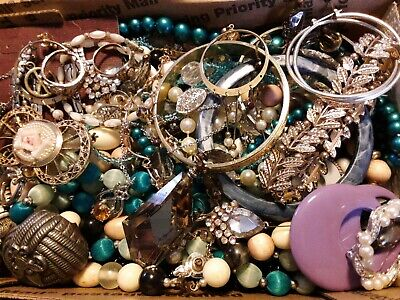 $ CDN18.98 • Buy #2 Vintage To Now Estate Find Jewelry Lot Junk Drawer Unsearched Untested Wear