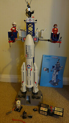 Playmobil 6195 City Action Space Rocket With Launch Site, Flashing Lights&Sounds • 38£
