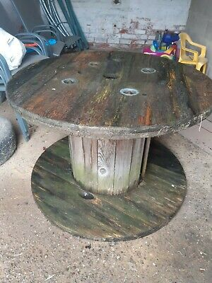 Large Wooden Cable Reel • 0.99£
