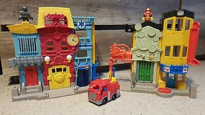 Fisher Price Imaginext Rescue City Set - Light Up Fire Station, Sound Effects • 15£