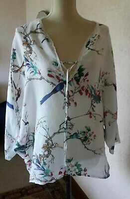 AU80 • Buy M A Dainty Size S Fine Linen Blouse With Colourful Bird Scenes