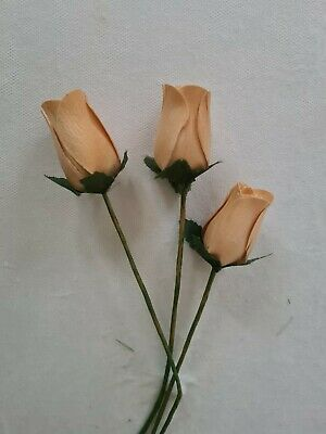 3x Beige Wooden Vintage 🌹 Roses Artificial Flowers • 1.40£