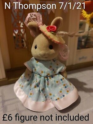 Sylvanian Families Clothes Handmade Dress And Hat • 5£