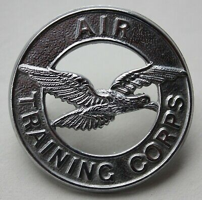 British Air Training Corps, Royal Air Force Cadets Cap Badge. RAF. (C) • 7£