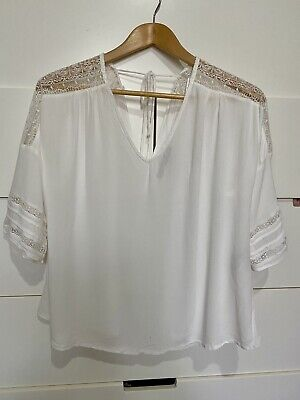 AU10 • Buy White Lace Blouse Top By Zara Size Small 6 8