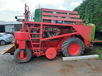 Farm Machinery/Black Currant Picker/Harvester • 2,500£
