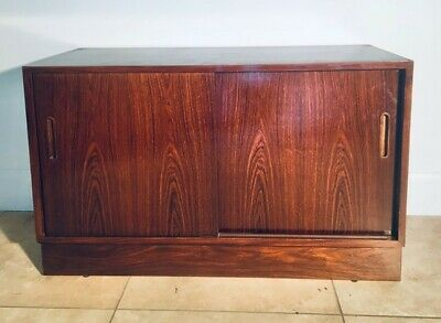 Danish Rosewood Sideboard Cabinet Cupboard With Lovely Matched Grain Veneer • 0.99£