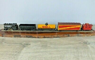 $ CDN103.12 • Buy Early Vintage HO Train Set Varney Dockside Switcher  Running  W 4 Assorted Cars