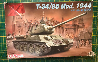 Dragon 1/35 WWII Russian T-34/85  Mod.1944 6066 Started Plus PE Parts Model Kit • 29.99£
