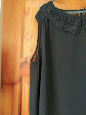 Black Sleeveless Floaty Top Lace Collar Size 16 • 1.90£