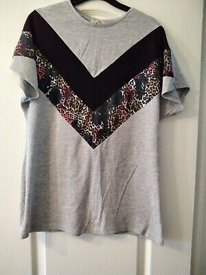 Ladies Tshirt Spliced Matalan Leopard Size 12 • 0.99£