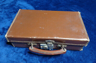 SMALL VINTAGE CHILDS SUITCASE 12  X 7  EVACUEE WW2 PROP REENACTMENT DISPLAY 40s • 24.99£