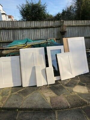 £90 • Buy MDF Shaker Doors From A Kitchen. 25 Excellent Condition. Wall/Base/Drawer