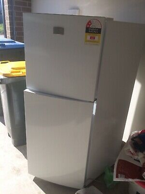 AU110 • Buy Fridge Freezer Small Excellent Condition Kelvinator Quality Brand 2 Years Old