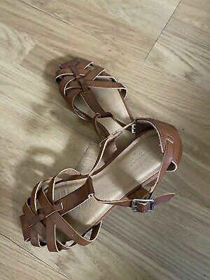 Girls Next Leather Sandals Size 6/ Eur 39 • 8£