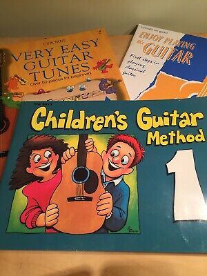 3 Beginner Children's Guitar Books • 5.25£