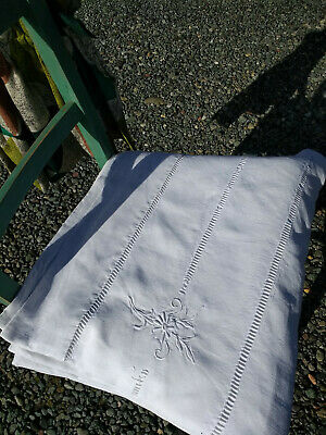 Antique/Vintage Large White Embroidered Bedcover Or Tableware • 35£