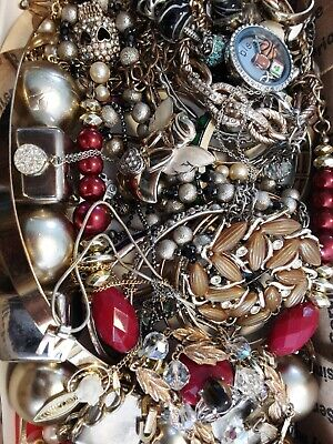 $ CDN18.93 • Buy #10 Vintage To Now Estate Find Jewelry Lot Junk Drawer Unsearched Untested Wear