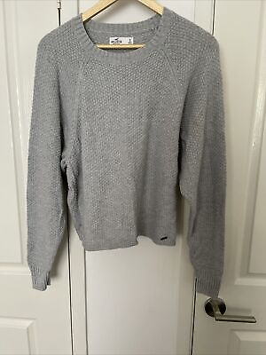 AU10 • Buy Hollister Pullover Size S