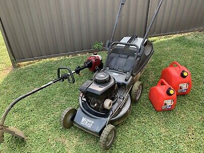 AU279 • Buy Lawn Mower & Whipper Snipper With Two Petrol Containers