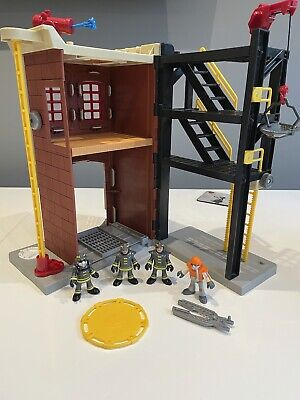 Imaginext Fire Station With Figures And Accessories • 15£