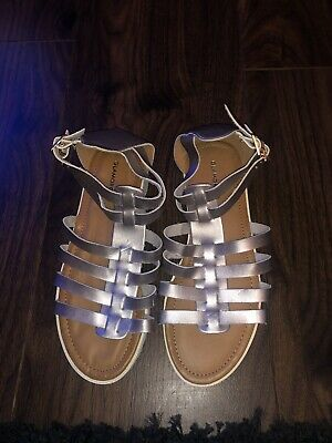 Ladies Silver Glamourous Gladiator Style Sandals  • 4£