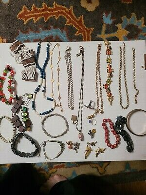 $ CDN44.76 • Buy  Vintage To Now Estate Find Jewelry Lot Junk Drawer Unsearched Untested Wear