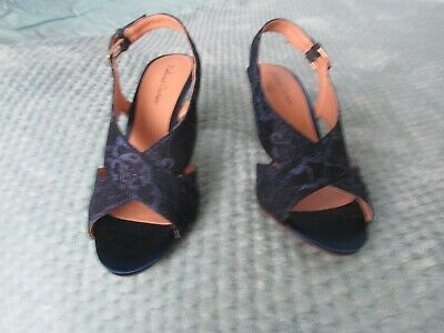 £20 • Buy Roland Cartier Navy Satin/lace Sandals - Size 5 - Worn Once - 3.5 Inch Heel