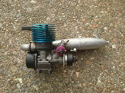 £100 • Buy Thunder Tiger PRO 21R Nitro Engine With Flywheel Clutch, Clutch Bell And Exhaust