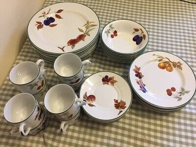 £10 • Buy Royal Worcester Evesham Vale Dinner Service Replacement Items