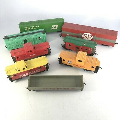 $ CDN31.38 • Buy Lot Of HO Scale Trains For Parts Or Repair - Bachmann And Tyco