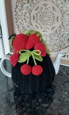 £24.99 • Buy Handmade Crocheted Tea Cosy Red Fruits 4/6 Cup Size