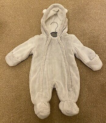 Baby Pram Suit/ Snowsuit Size Newborn, 0-3 Months, Very Soft And Cosy. • 5.99£