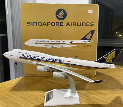 AU320 • Buy Singapore Airlines 747-400 9V-SPQ 1/200 J-FOX