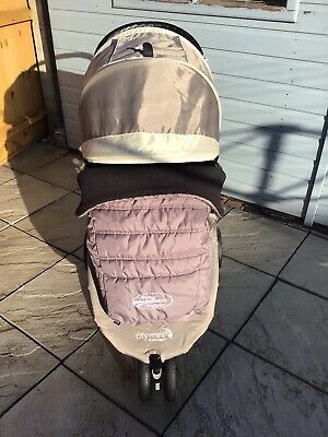 View Details Baby Jogger City Mini Pushchair • 145.00£