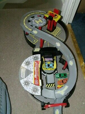 £5 • Buy Chad Valley Plastic Wheel Garage Foldable In Used Condition