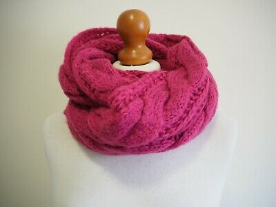£7.55 • Buy Infinity Scarf Pink Cable Knit