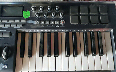 $25 • Buy M-Audio Axiom 25 Controller Mini Keyboard Also With Drum Pad Triggers