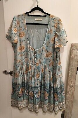 AU150 • Buy 💙💚💙 Spell Seashell Babydoll Mini Dress, Size Large In Ocean, EUC 💙💚💙