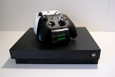 AU153.50 • Buy Xbox One X 1TB Console + 2 Controllers + Controller Recharging Dock