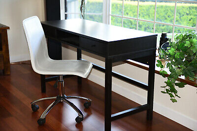 AU220 • Buy Desk And Chair