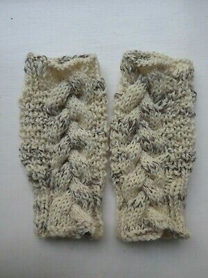 £3 • Buy Hand Knitted Cable Aran Fingerless Gloves/wrist Warmers Cream Mix Pure New Wool