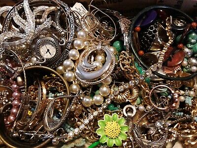 $ CDN18.15 • Buy #12 Vintage To Now Estate Find Jewelry Lot Junk Drawer Unsearched Untested Wear