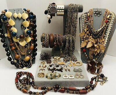 $ CDN7.89 • Buy Huge Vintage To Now Jewelry Lot - Estate Find - All Wearable Pieces - 4 Lbs +
