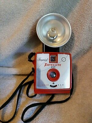 $ CDN36.29 • Buy Imperial Camera Satellite 127 Flash Camera - Custom Red In Working Condition