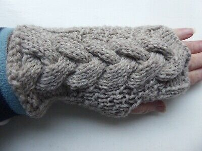 £3 • Buy Ladies Hand Knitted Cable Aran Fingerless Gloves Wrist Warmers In Stone
