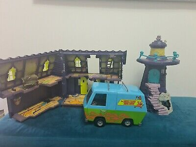 £21 • Buy Scooby Doo Haunted Mansion Playset, Lighthouse, Mystery Machine