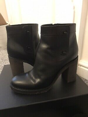 £580 • Buy Chanel Boots