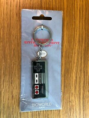 £1.90 • Buy Nintendo NES Controller Key-Ring. BNIP. Collectible. Official Licensed Product.