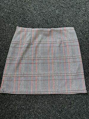 £1 • Buy Ladies New Look Check Skirt Size 12